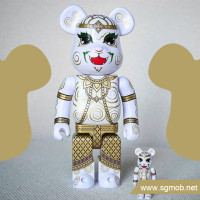400 100 Exclusive Bearbrick Hanuman (2016)