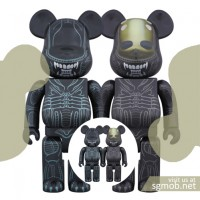 400 & 100 Bearbrick Alien & Warrior Alien (2016)